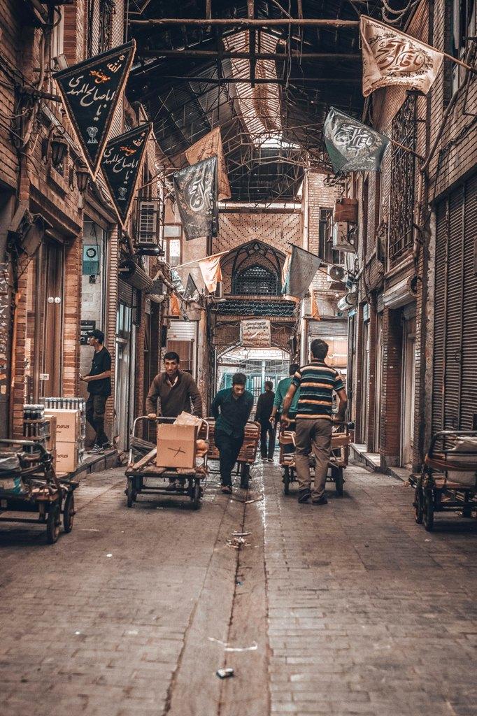 Iran_-_omid-armin-kAjXxQ-wQu4-unsplash.jpg