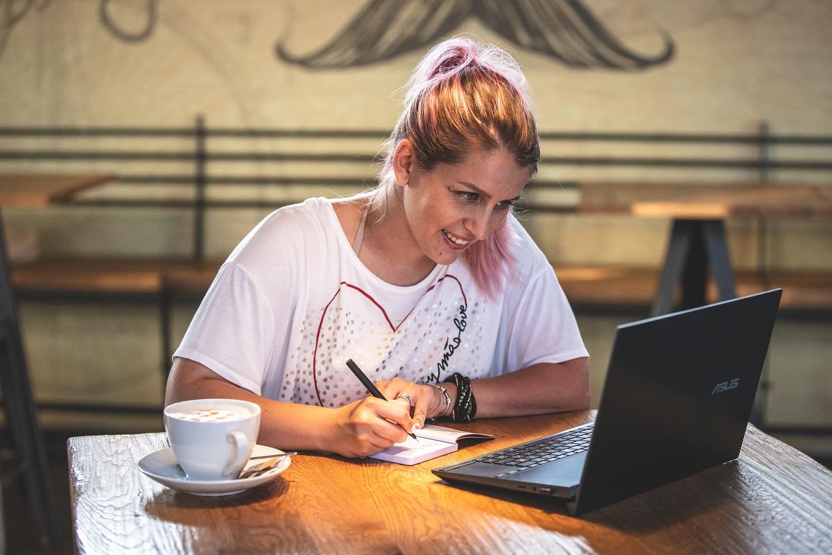 Kako_pisati_blog_-_How_to_write_a_blog.jpg