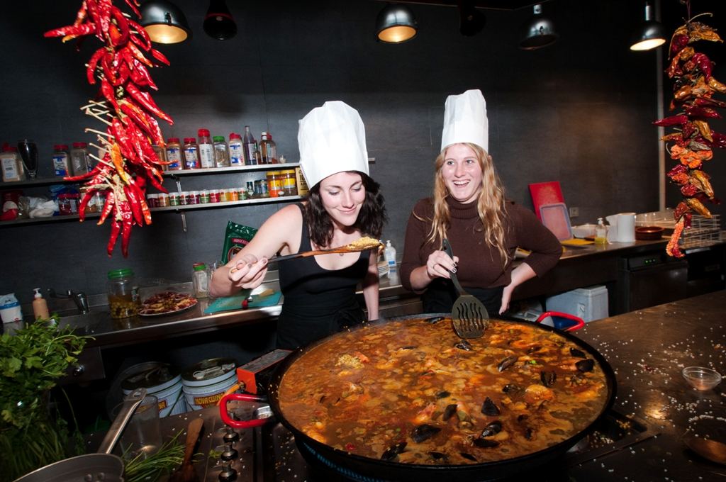 Barcelona-Paella_Cooking_Experience_with_Boqueria_Market_Tour-44533-015.JPG