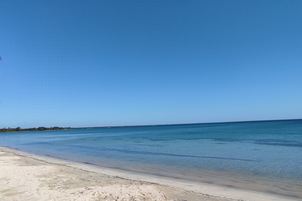 Potovanje_na_Kubo_-_Travel_to_Cuba_-__Playa_larga_-_name_says_it_all.jpg