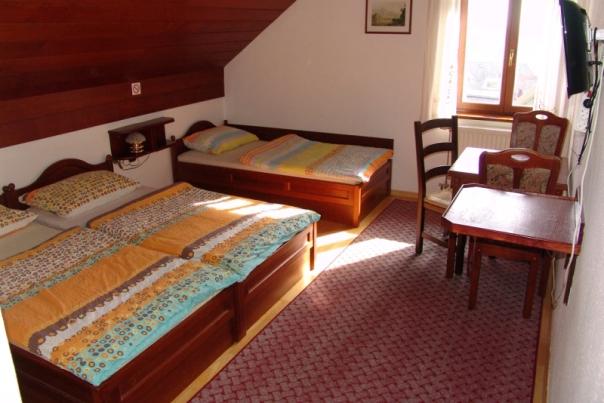 20_Hostel_Bledec_4_.jpg