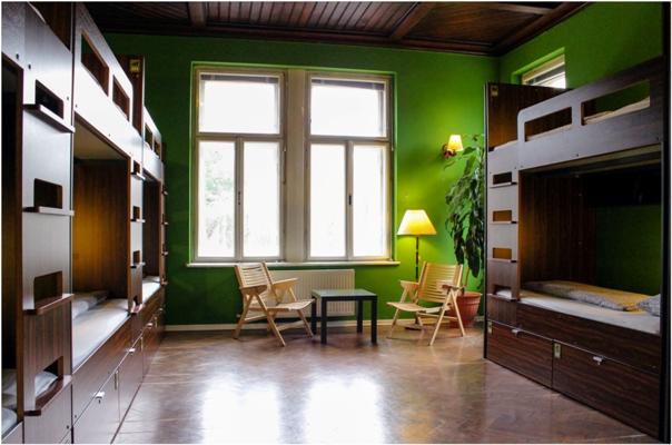 83_Youth_Hostel_Vila_Veselova_2_.jpg