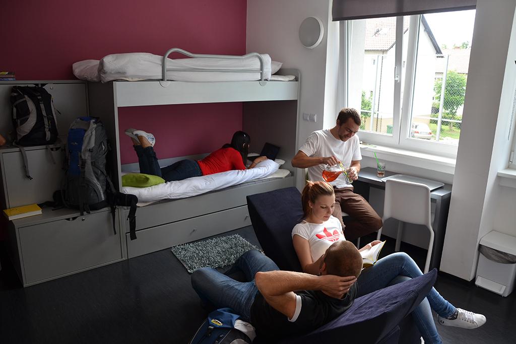 Youth_Hostel_Brezice_7.JPG