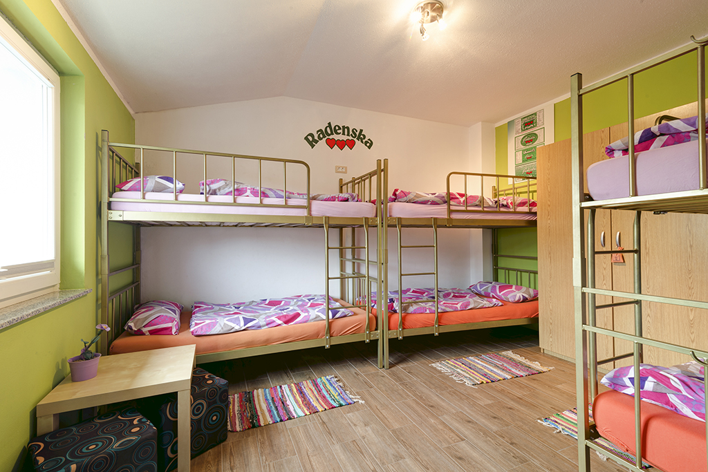 Hostel_na_Kozini_-_Ociski_Raj_11.jpg