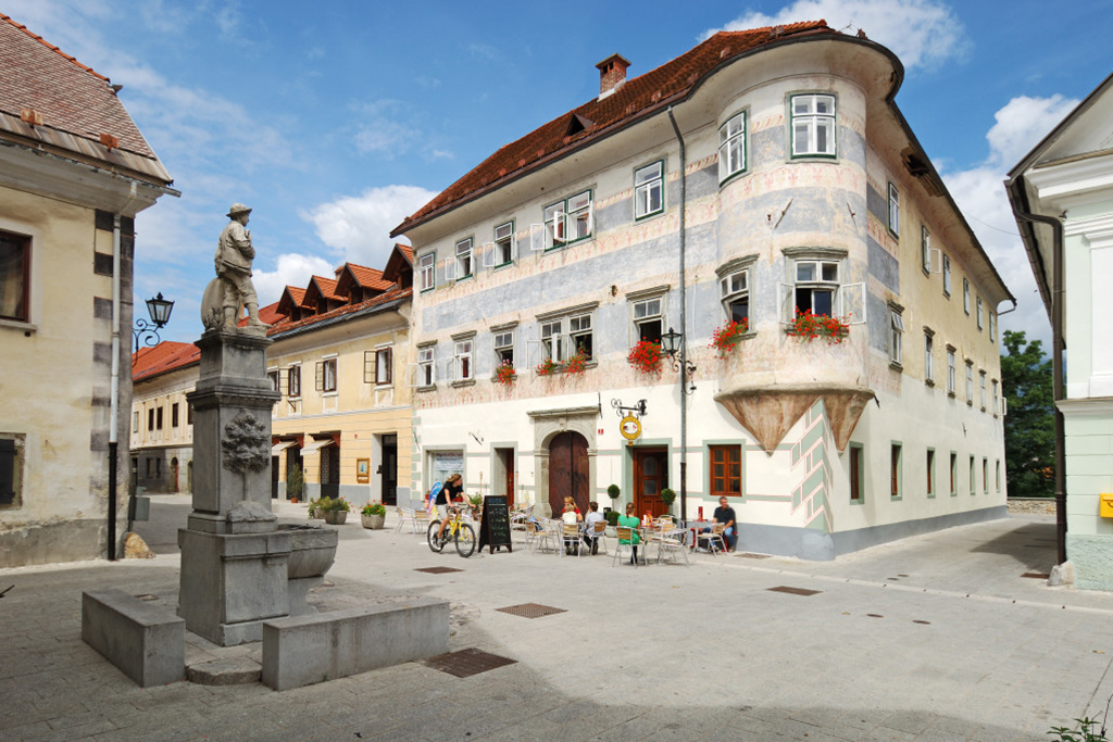 Youth_Hostel_Radovljica_10.jpg