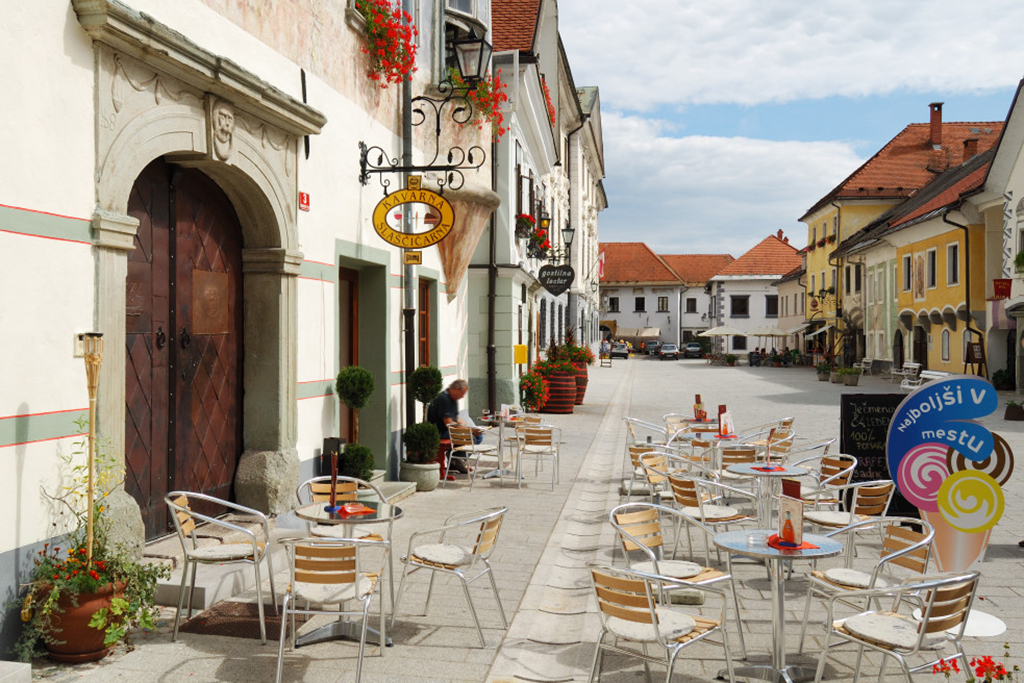 Youth_Hostel_Radovljica_9.jpg