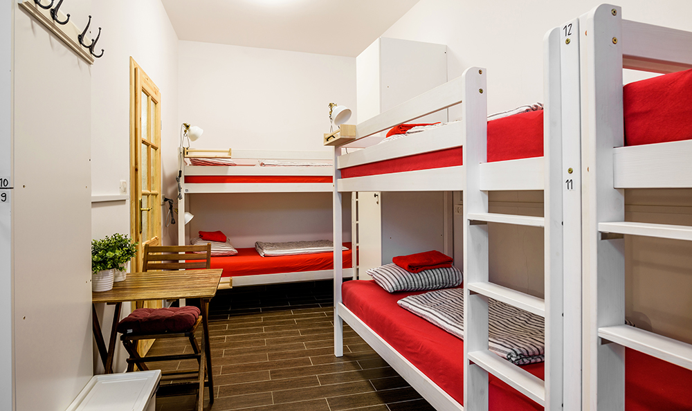 Hostel_Turn_1004.jpg
