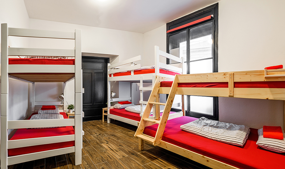 Hostel_Turn_1015.jpg