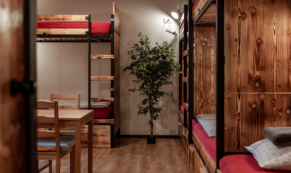 Hostel_Turn_1033.jpg