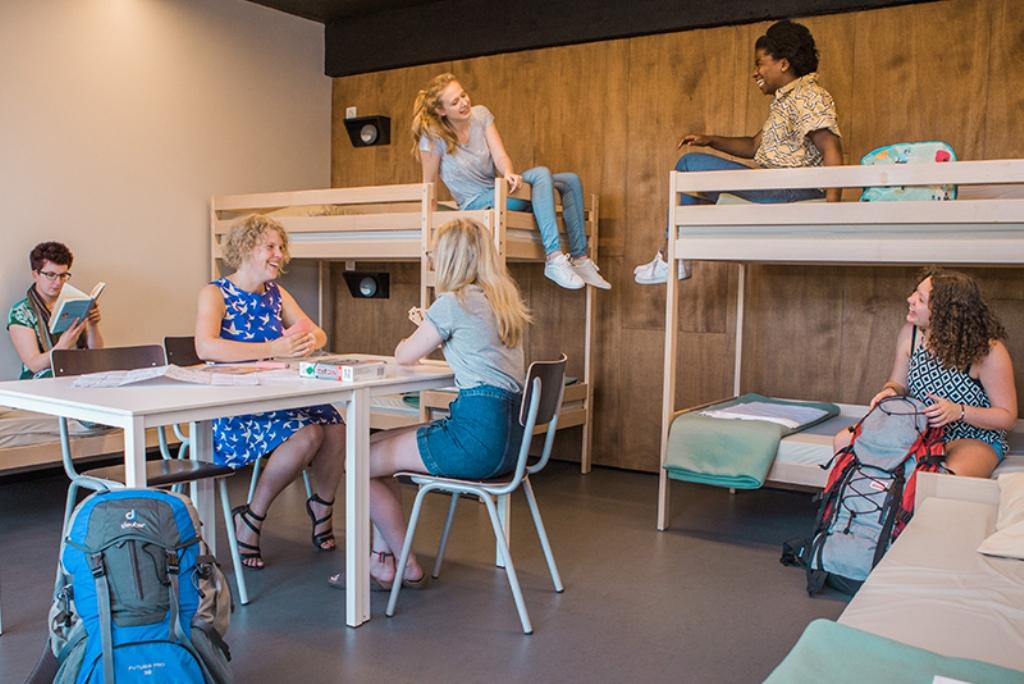 Hostel_DeDraecke_www.jeugdherbergen.be.jpg