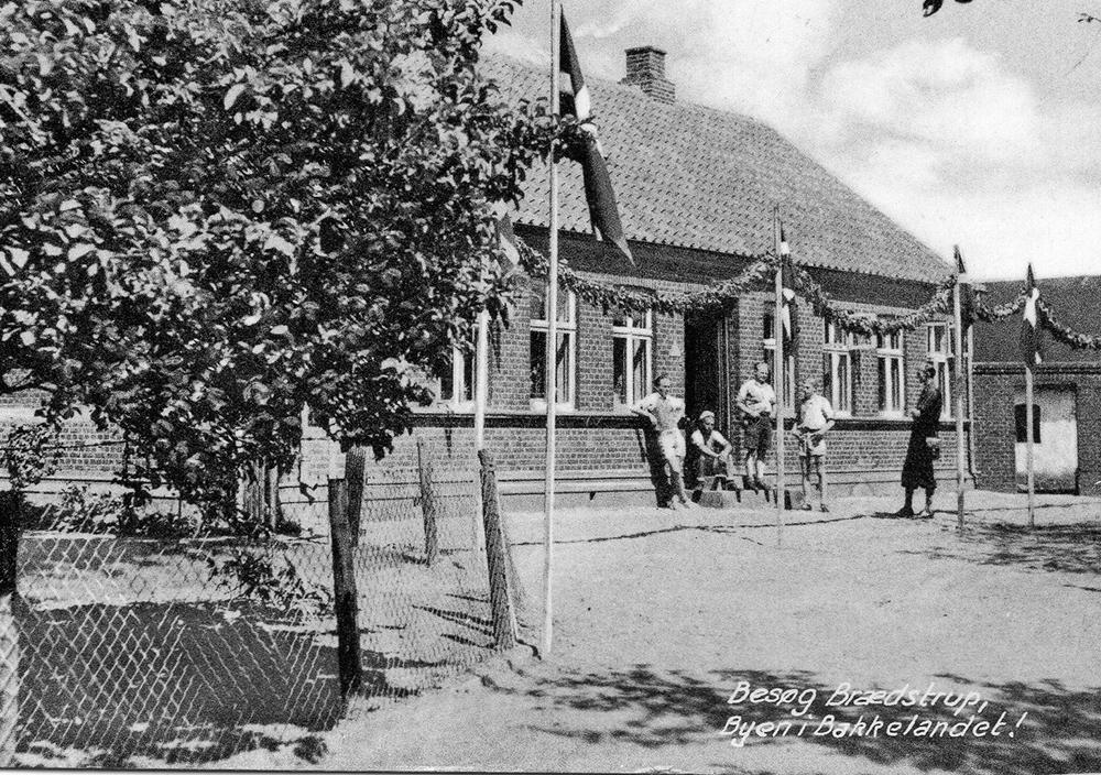 Danish_youth_hostel.jpg