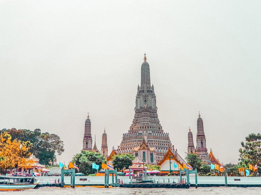 Potovanje_v_Bangkok_-_Travel_to_Bangkok_-_Photo_by_REY_MELVIN_CARAAN_on_Unsplas.jpg
