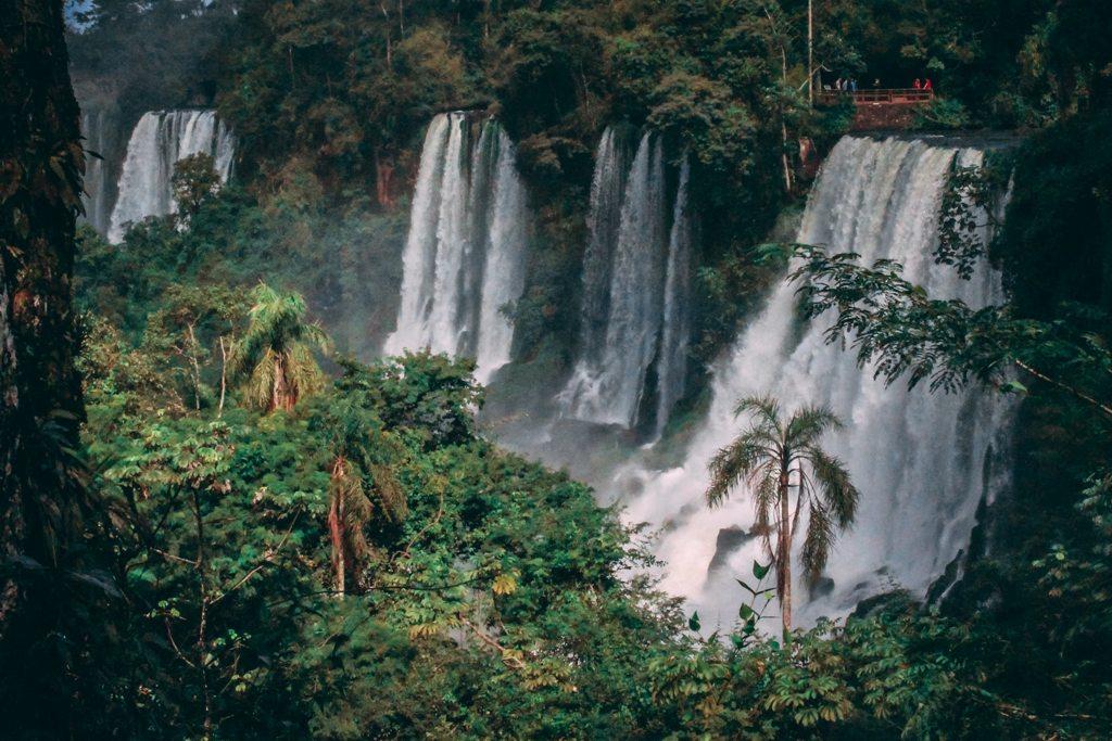 Potovanje_v_Foz_do_Iguacu_-_Travel_to_Foz_do_Iguacu_-_Photo_by_Jonatan_Lewczuk_on_Unsplash.jpg