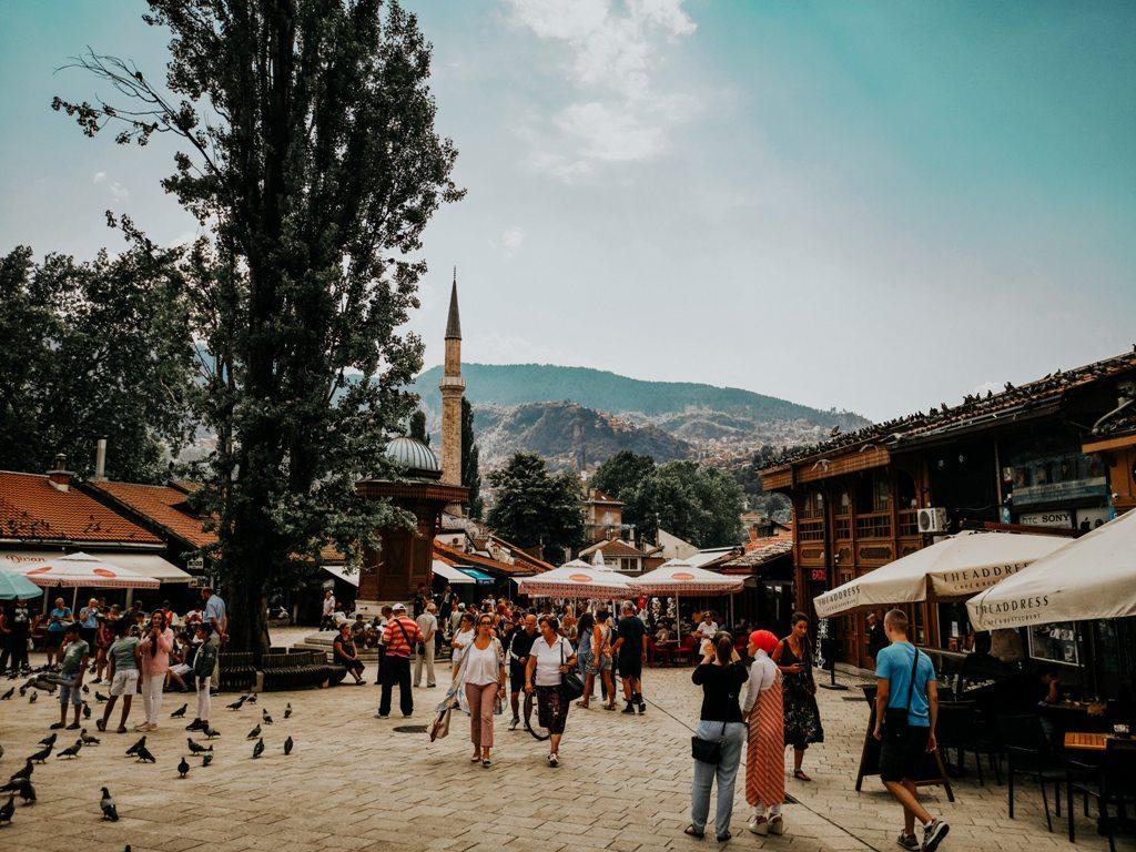Potovanje_v_Sarajevo_-_Travel_to_Sarajevo_-_Photo_by_ADEV_on_Unsplash.jpg