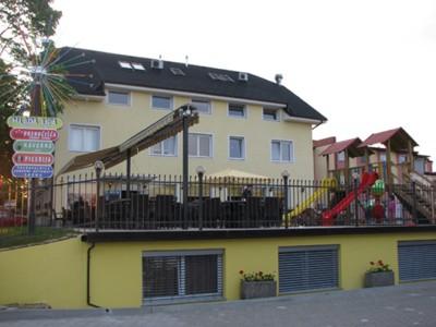 "Youth hostel ""Mlada lipa"""